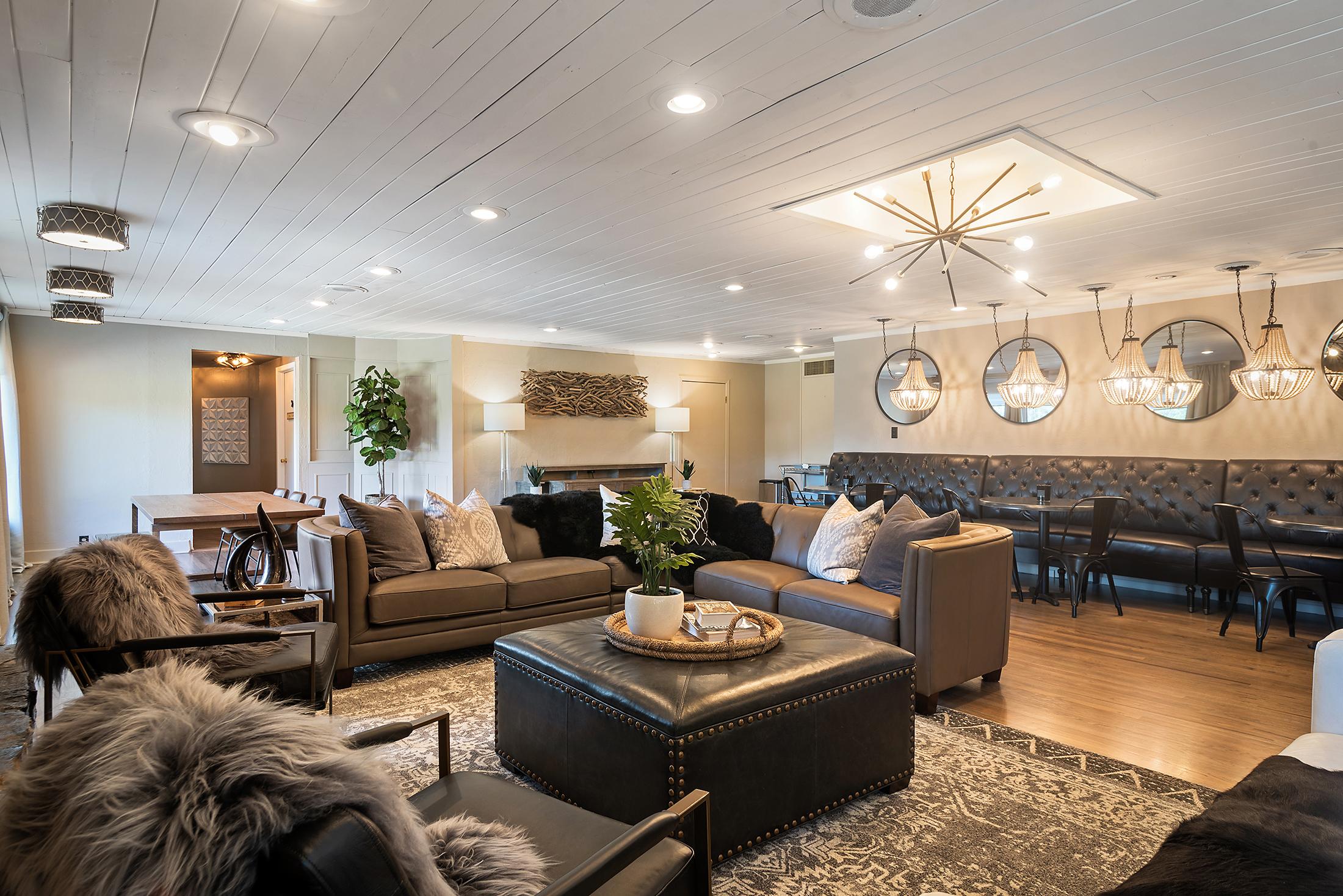 living/dining room opposite angle shot